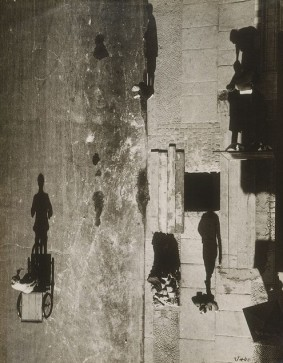 Uncanny Street I (Unheimliche Strasse I) The Eerie Street. Date: 1928 (negative); 1980 (print). Photograph by Otto Umbehr aka Umbo (1902-1980) From the Philadelphia Museum of Art Copyright: © Artists Rights Society (ARS), New York / VG Bild-Kunst